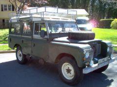 1970 Land Rover.jpg